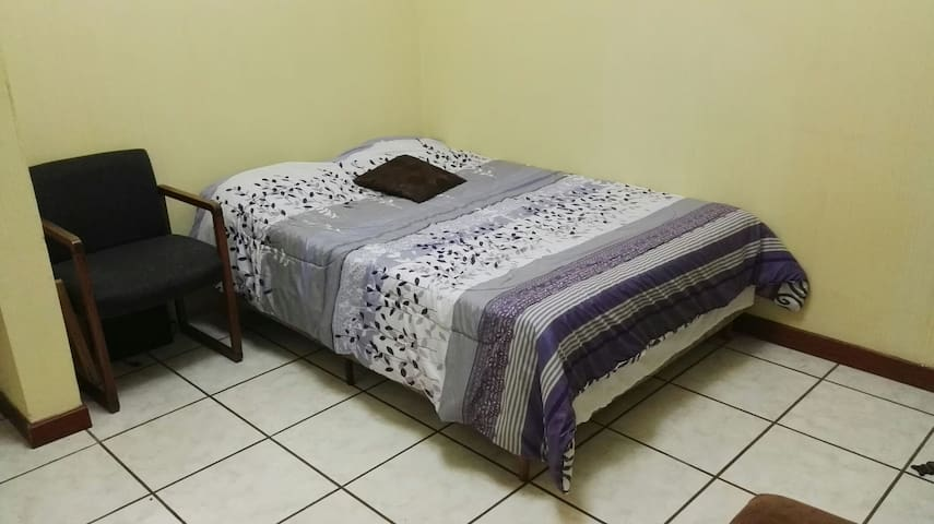 Residential area 30min to antigua! - Guatemala, Guatemala, GT - Huis