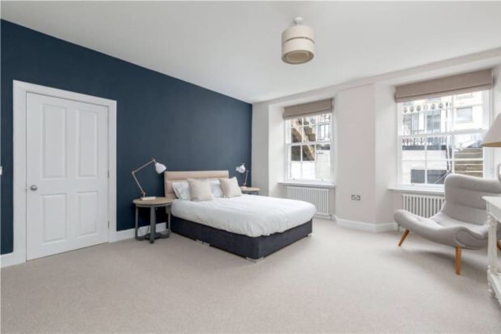 The stylish bedrooms all have king sized beds for a great nights sleep