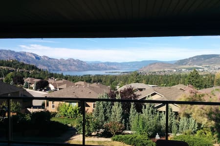 Comfort and Relaxation near Mission Hill Winery - West Kelowna