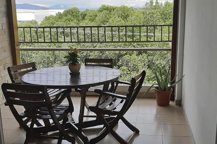 4-bedroom apartment with city view and strategic location!