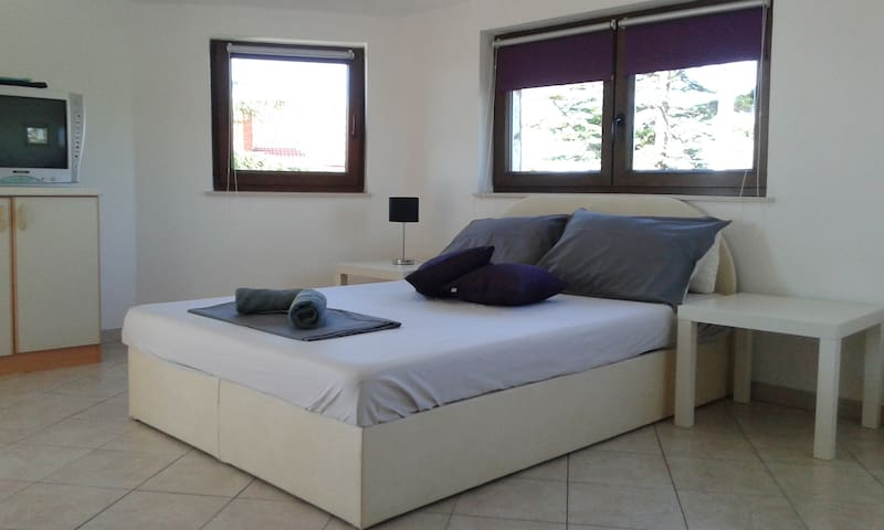 Studio apartment for great holiday  - Pula - Apartmen