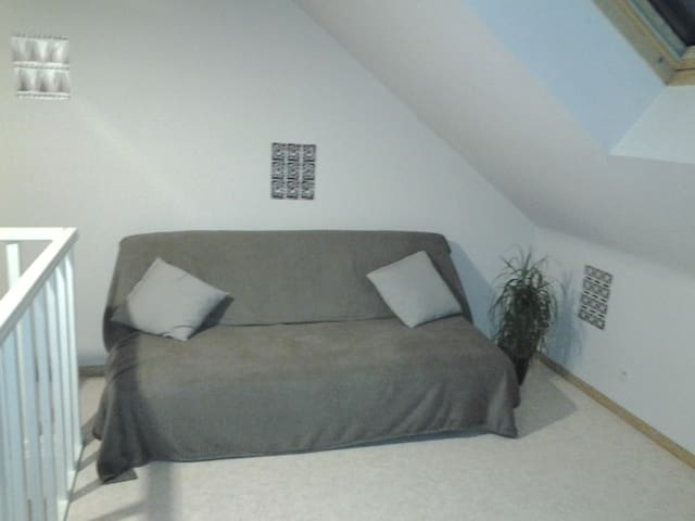 Petit appartement deux chambres - Mons - อพาร์ทเมนท์