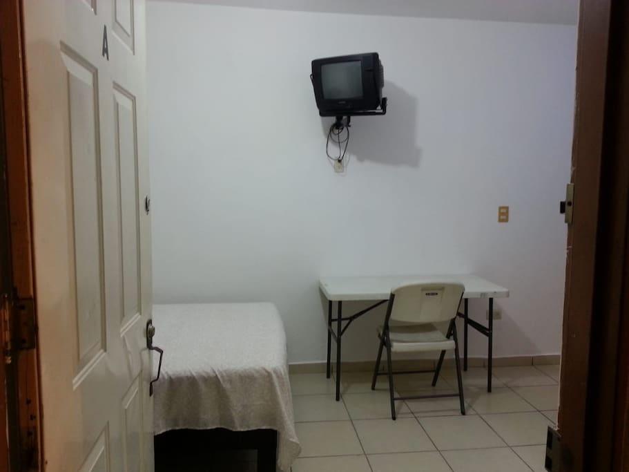 Entrada privada del departamento.