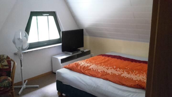 Gästezimmer in ruhiger Lage