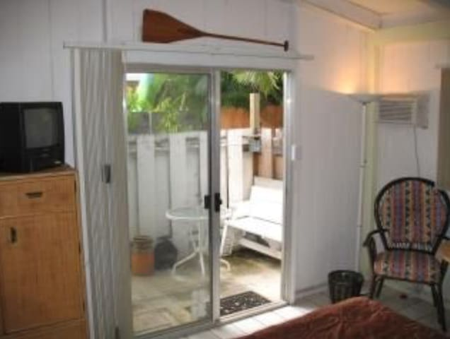 Nice Studio3, Own entry.Wifi,Aircon