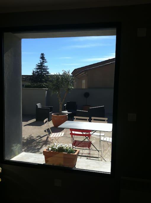 vue de la terrasse du canapé