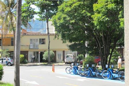 Cozy studio in Florida Nueva - Medellín - Lakás