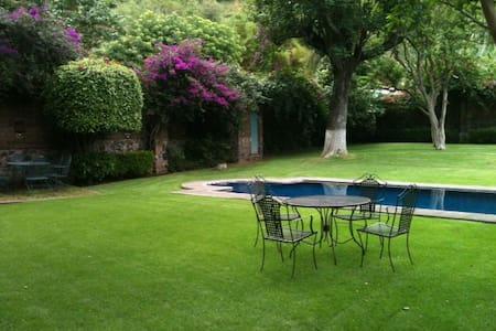 Casa con Alberca / Malinalco Centro - Malinalco