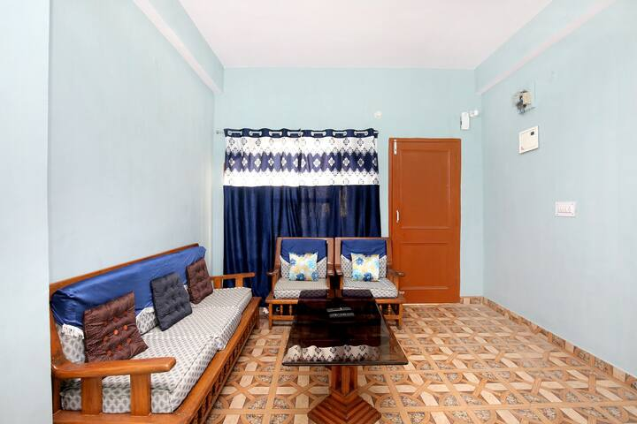 OYO - Pleasant 1BHK Homestay in Panthaghati(Marked Down!)