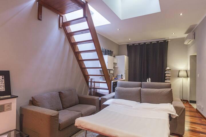 Appartamento 13 Porto Antico Suite Genova - Panoramica soggiorno con divano letto