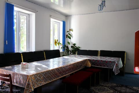 Budget Sultan Guesthouse B&B in Ton