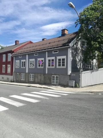 Liten koselig leilighet, sentralt i Lillehammer