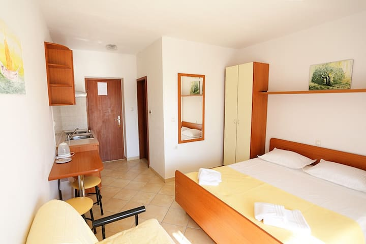 Apartment 50 m from the beaches - Omiš - Pis