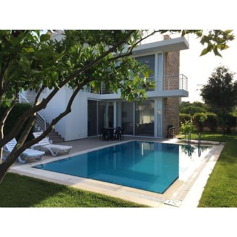 Villa Belek Feronia