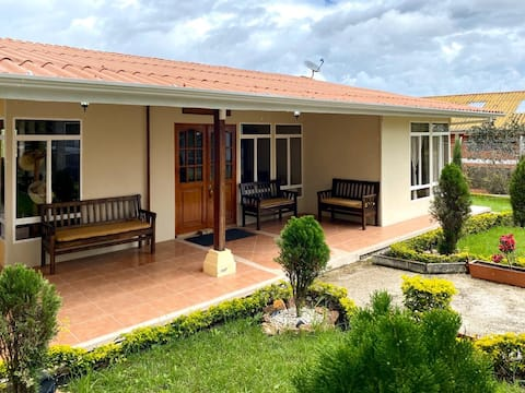 Yunguilla House