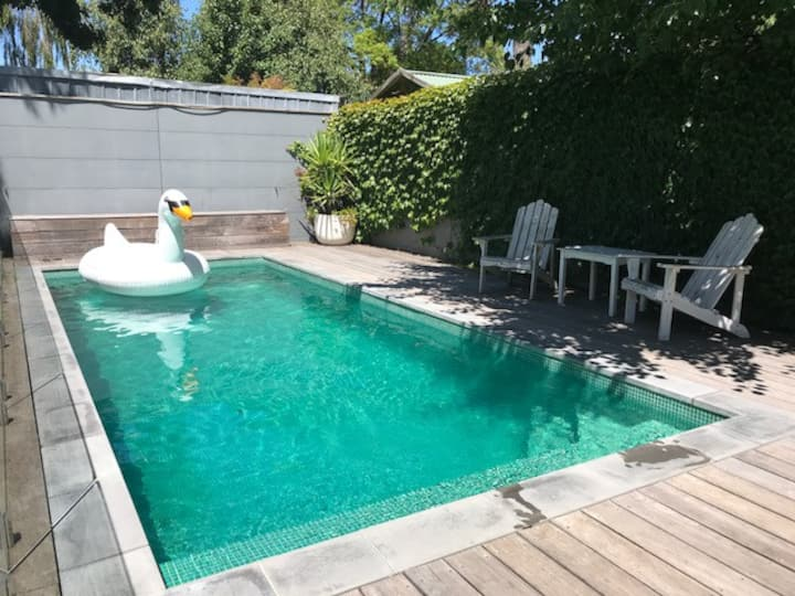 ** Private Check In, refreshing pool & ensuite. **