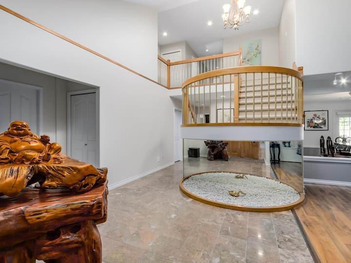 Richmond Luxury 3 Private Suites
