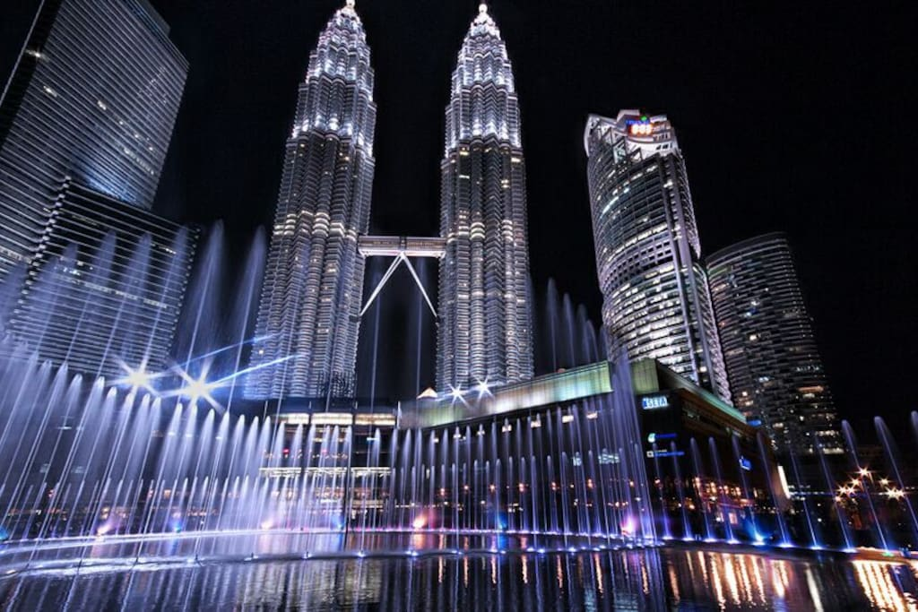 Less than 5 min walking distance to KLCC