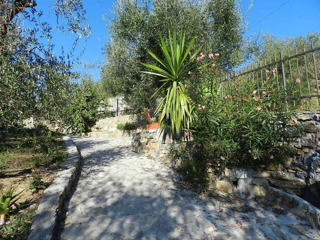 Appartamento in villa con piscina - Villa Guardia-villa Viani - Daire