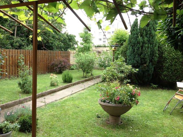 Studio 40 m2 sur jardín arboré - Chevilly-Larue - Appartement