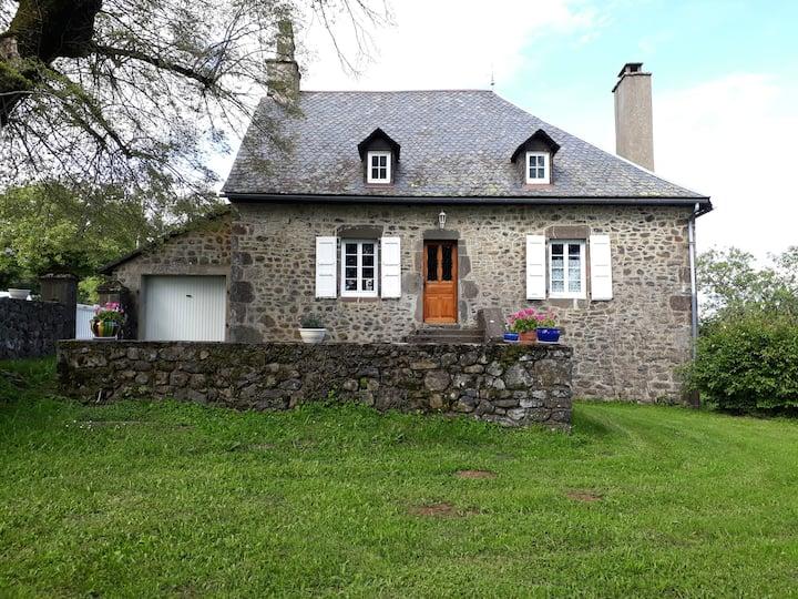 Gîte du Bosquet  Pays de Salers Cantal