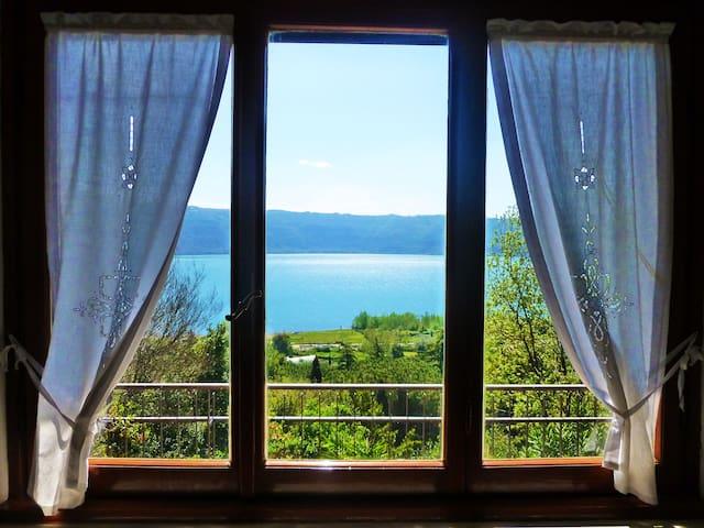 Le finestre sul lago - Castel Gandolfo - Pis