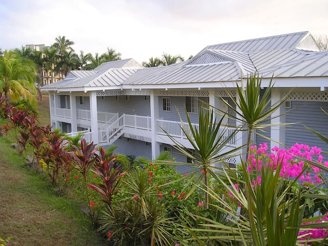 Sanctuary Condominiums unit 1 - Playa Azul
