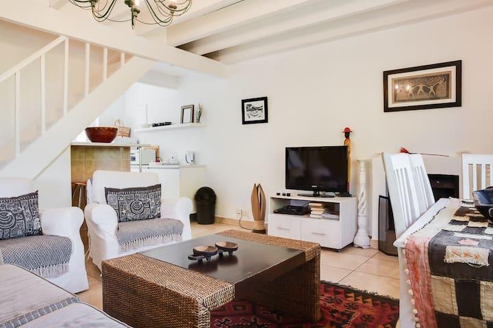 Houtkapperspoort Cottage 20 - Two Bedroom