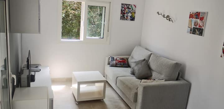 A nice 1 Bedroom flat with terrace