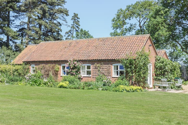 Rosemary Cottage, luxury, peaceful, rural setting