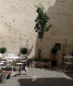 Chambre Ulster, Chambre d'hotes - Saint-Amant-Tallende - Bed & Breakfast - 1