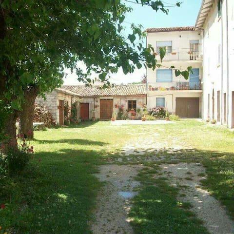 Villa Antica Appartamento Turistico - Fossato - Huvila