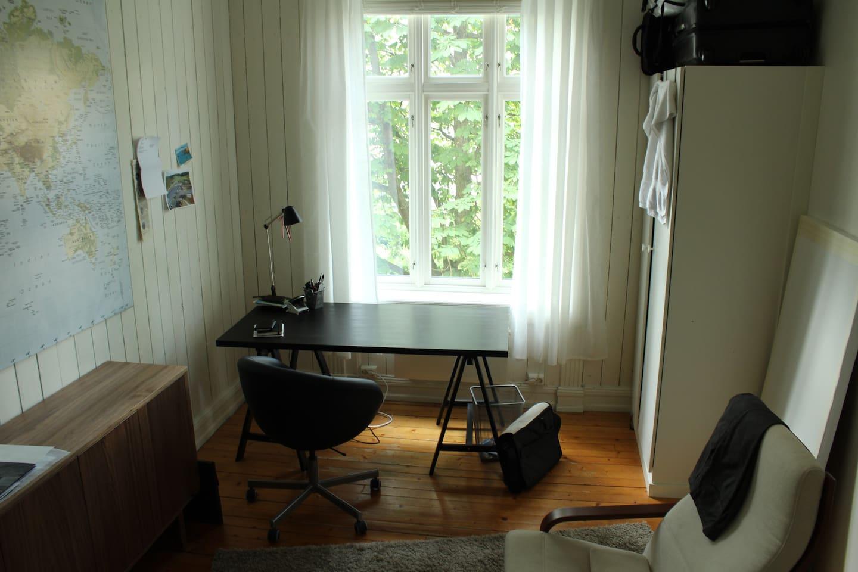 rom/window