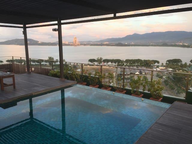 Awesome Comfy Suite 2BR 2BR KK Town - Kota Kinabalu - Condo