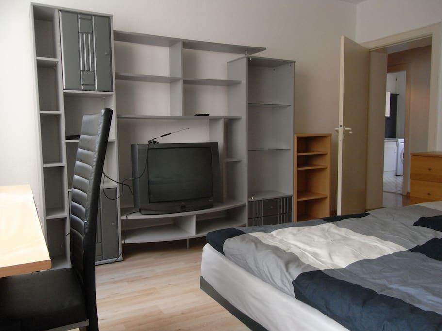 Zimmer In Kiel : sch nes zentrales zimmer in kiel apartments for rent in kiel schleswig holstein germany ~ Orissabook.com Haus und Dekorationen
