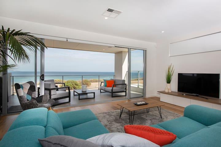 Australian Luxury Stays - OCEAN at SEAFORD