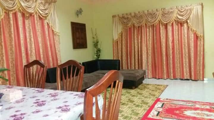DZ Homestay...bungalow type h.stay