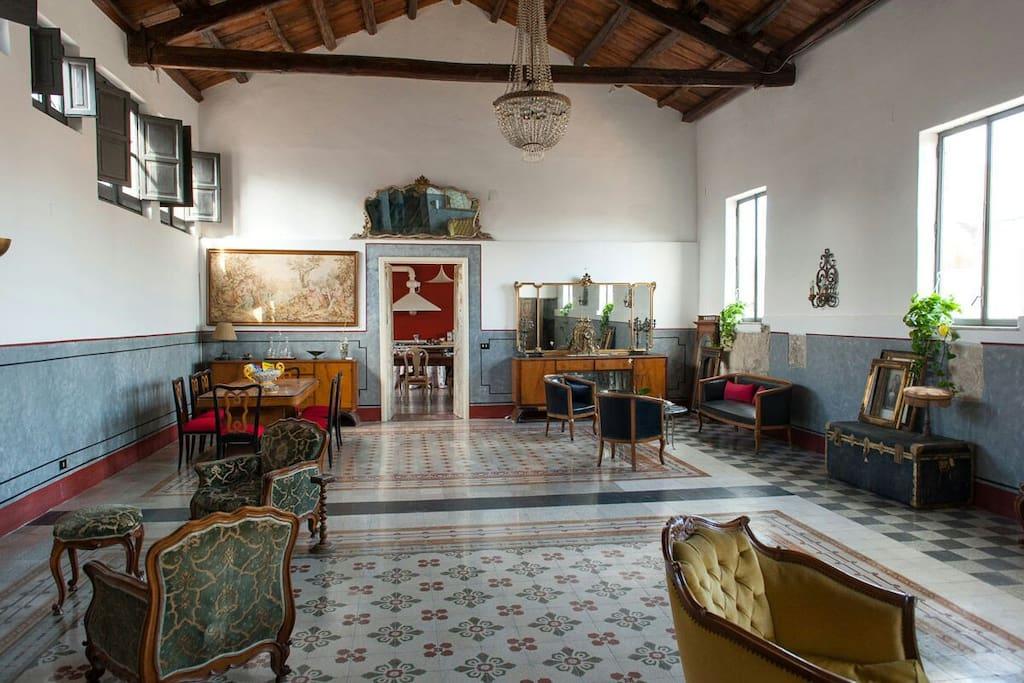 Casa vacanze cut appartamenti in affitto a palermo for Appartamenti arredati in affitto a palermo
