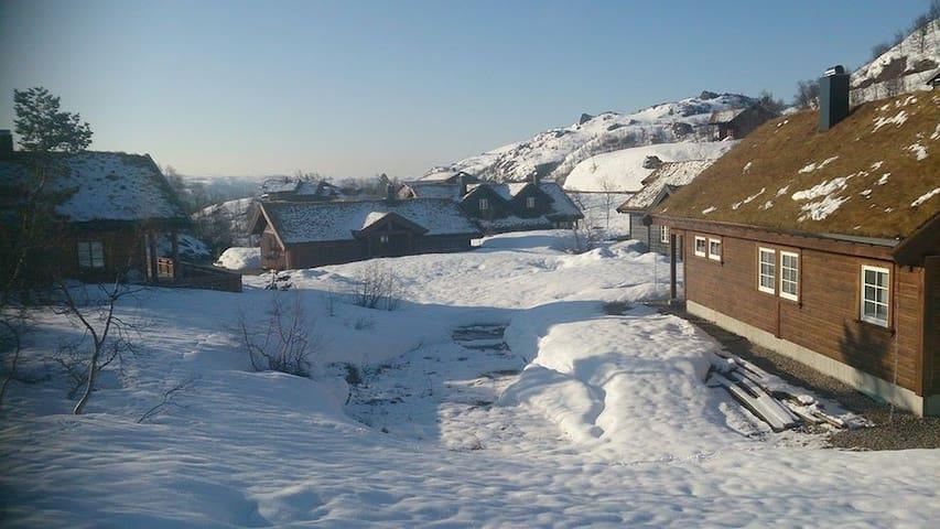 Åseral - Ljosland - Åseral - Hytte