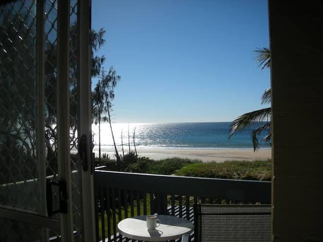 Bargara couples / golfers retreat. Turtle time. - Bargara - Apartamento