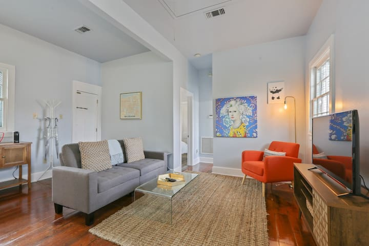 Light & Airy in the Marigny