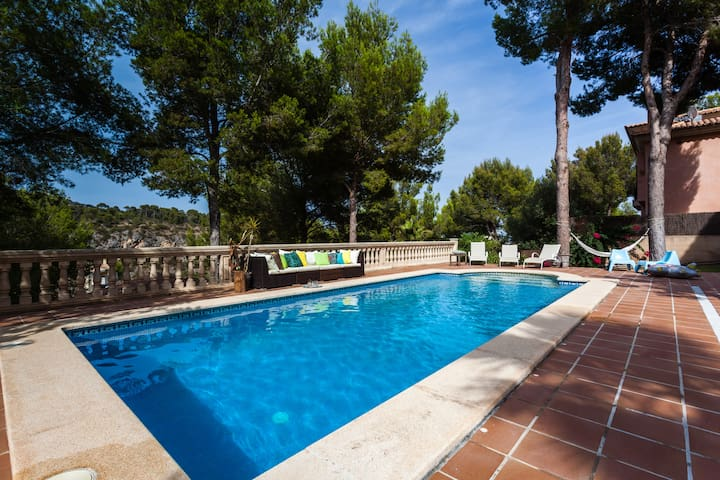 Luxury 6 bedroom Villa with Pool - Cas Català - Villa