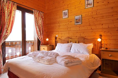 Double room in alpine chalet - Châtel