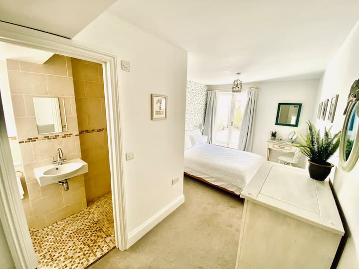 Cosy & stylish apartment 10 mins to Salcombe