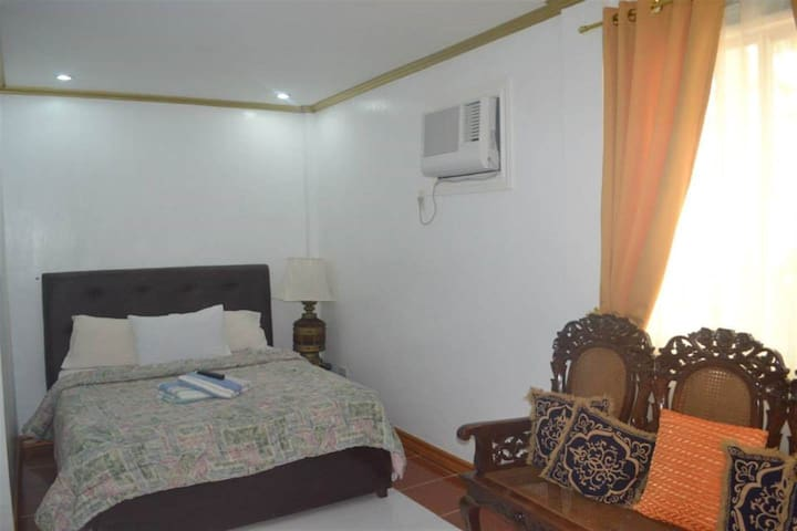 Enticing Executive Room - Double 4