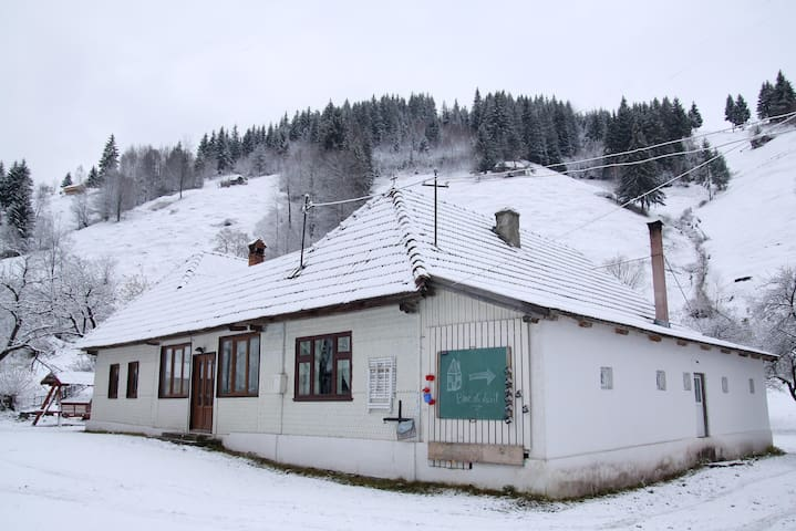 Maison traditionnelle roumaine - Moieciu de Sus - Casa