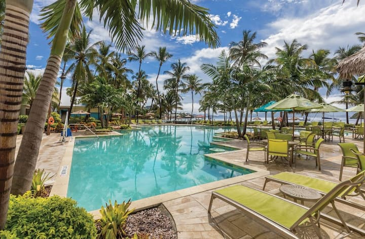 1Bd Beachside Condo: Pool, Pool bar, Hot tub, Gym