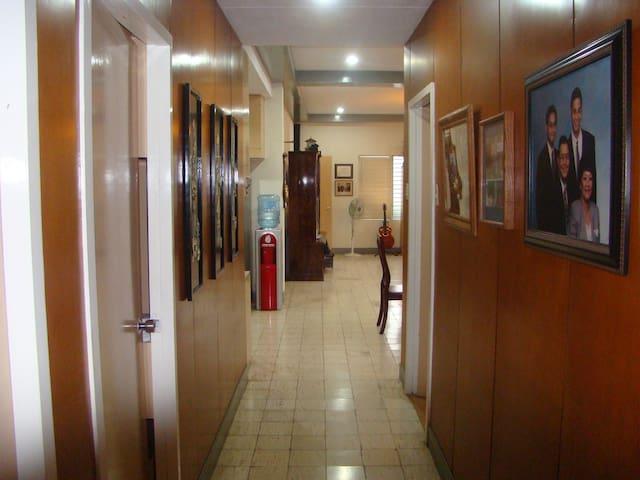 IHOP (International House of Perez) (Rm 2)