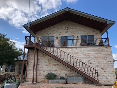 Maverick River Bend Guest Suite