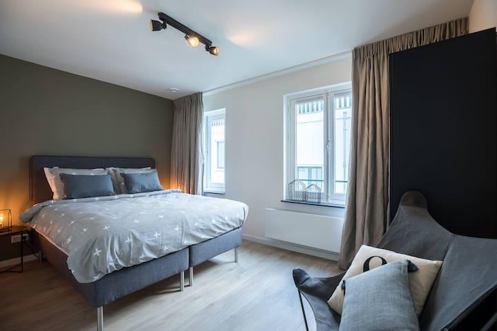 Luxury Apartment - Dam Square/Red Light District